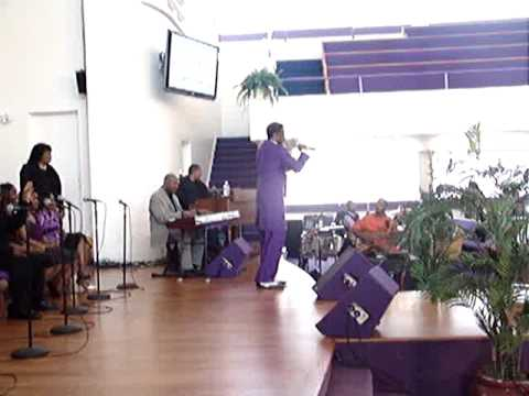 Bishop L.E. Franklin Singing at Center of Hope on 03-29-09