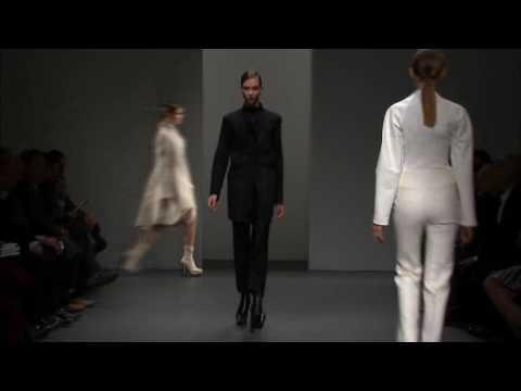 Calvin Klein Collection Women's Fall 2010 Runway Show - презентация одежды Calvin Klein