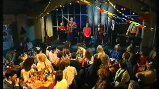 THE RANKIN FAMILY Belle Of Belfast City ~ Mo Rùn Gheal Dìleas ~ Hogmanay 1992