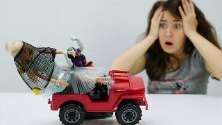 Видео для девочек. Барби ПОХИТИЛ МАНЬЯК! Кен и Катя спасают Барби!  Мультик Барби на #Мамыидочки