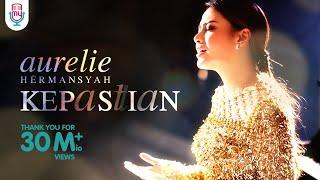Download lagu Aurelie Hermansyah Kepastian Mp3