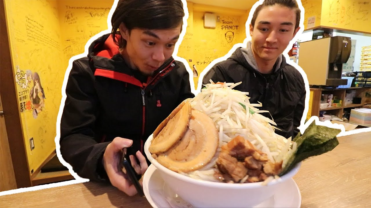 MEGA PORK RAMEN Challenge, Tokyo JP | メガ豚野郎ラメン thumbnail