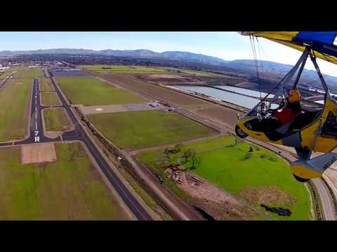 *MUST SEE*  Ultralight landing in the bad turbulence