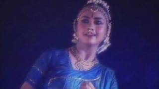 A graceful Bharatanatyam performance by Rajashree Warrier