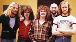 April Wine - Tonight Is A Wonderfull Night To Fall In Love