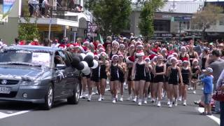 preview picture of video 'Howick Santa Parade, Auckland, 2012'