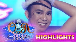 It's Showtime Miss Q & A: Chad Kinis Lustre-Reid has a fly on her face