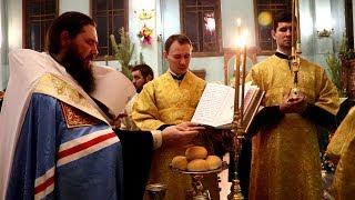Митрополит Феодор совершил Всенощное бдение в Свято-Духовом монастыре Волгограда.