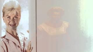 Doris Day-The Christmas Waltz