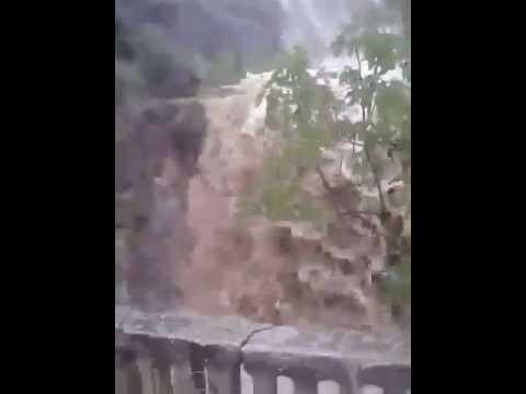 Χείμαρος από τη χθεσινή νεροποντή στο Μαρκόπουλο