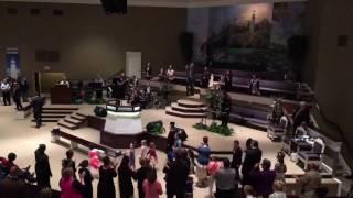 Lighthouse Praise & Worship: Shake The Foundation With Praise!