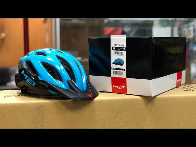 Видео Шлем MET Crossover Black Cyan (glossy)