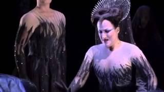 flauto magico - Regina della Notte - Diana Damrau: un duetto con sé stessa.