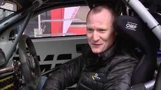 Supercar Challenge Piloot Philippe Bonneel Bezoekt Roto Frank Benelux
