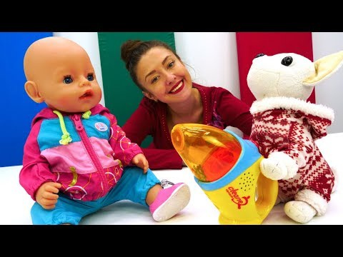 Сегодня в Веселой школе Катя, Эмили и Подружка ЧичиЛав. В новом видео для детей мы будем изучать бытовую...