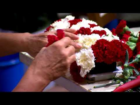 National Day: floral decorations in the Cathedral