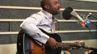 Darius Rucker Performs 'Don't Think I Don't Think About It'