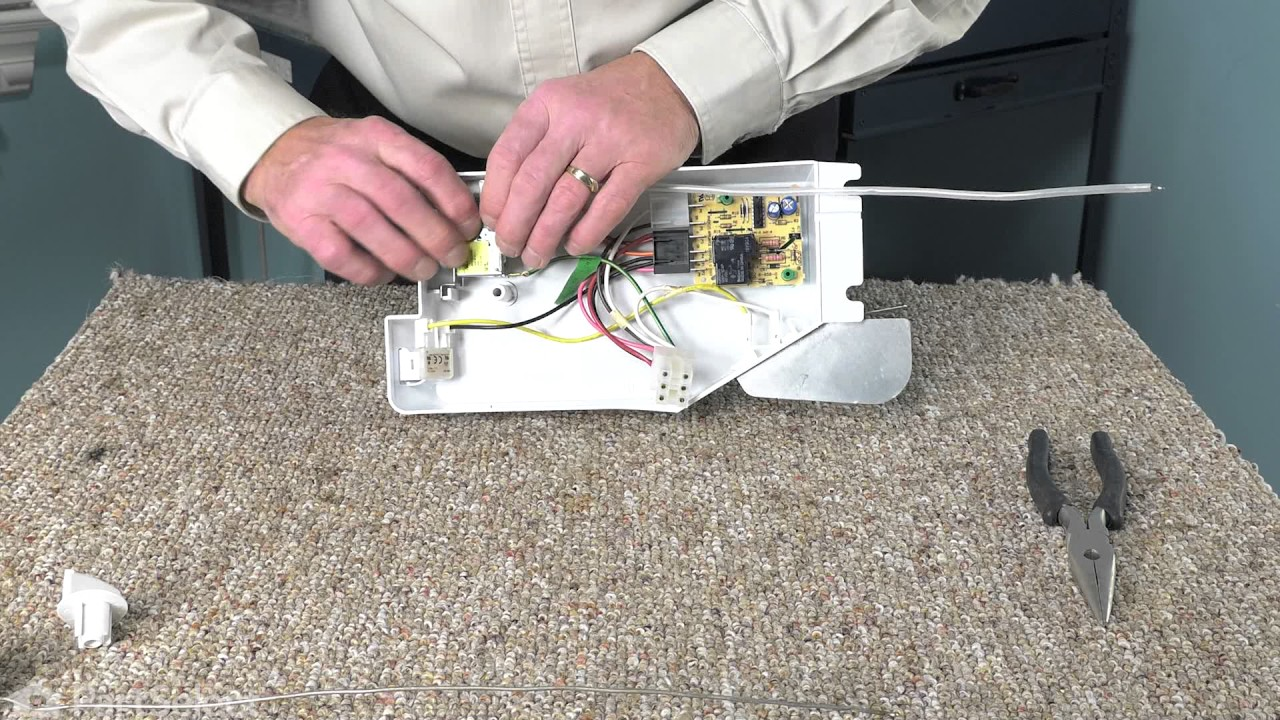 Replacing your Whirlpool Refrigerator Temperature Control Thermostat