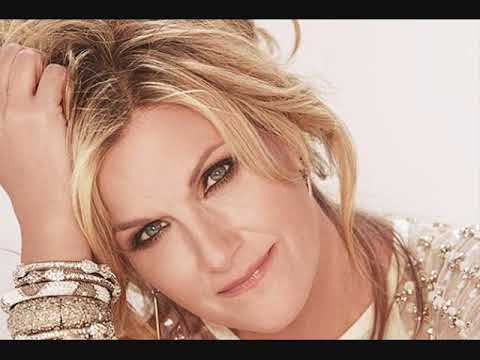 Trisha Yearwood's Inspiring 'Every Girl in This Town' Video