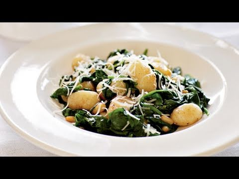 Brown Butter Gnocchi with Spinach and Pine Nuts Recipe