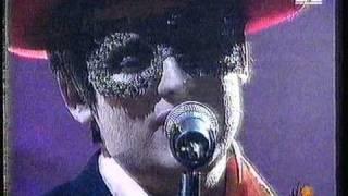 Boy George - I Adore - Live TV 1995