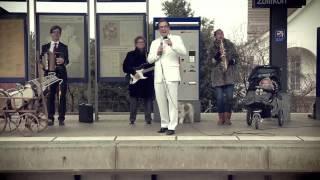 «Mir sind alli ZVV» – 25 Jahre ZVV «S-Bahn»-Clip