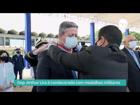 Arthur Lira é condecorado com medalhas militares - 11/06/21