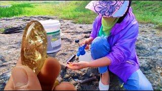 Crystals, Gems, Agate. I Found Bright Gemstones On The Rock!水晶,宝石,玛瑙。我发现岩石上有亮晶晶的宝石!
