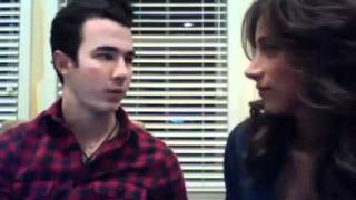 Даниель Джонас, Live Chat with Kevin and Danielle Jonas