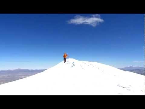 Preview video Lorenza sull´Acotango (Bolivia) a 6.066 metri
