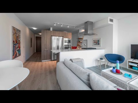 A Streeterville studio T04 at the high-amenity Optima Signature