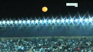 It's winter in Argentina, beautiful moon... commentary