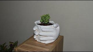 Изготовление цветочных горшков с перчатками.
