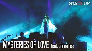 Röyksopp - MYSTERIES OF LOVE (feat. Jonna Lee) - Stadium Live 2017 Moscow