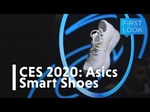 ASICS's New Smart Shoes Roasted My Running Form