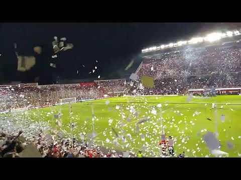 """""""RECIBIMIENTO de UNION DE SANTA FE 2 vs 0 INDEPENDIENTE del VALLE COPA SUDAMERICANA desde la Tribuna"""" Barra: La Barra de la Bomba • Club: Unión de Santa Fe"""