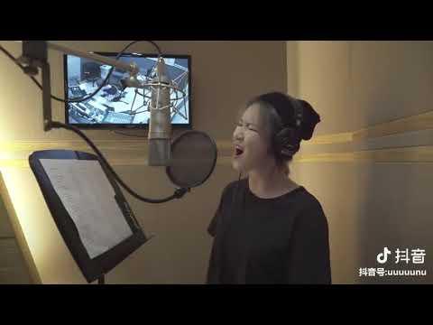 [抖音tiktok]推薦好聽的韓文歌 小姐姐用高亢的嗓音演唱