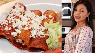 Cooking With Me: (Easy) Red Enchiladas