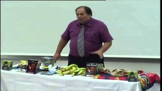 הדגמת קיבעון מחשבתי - חיתוך בננה בלי לקלף ובלי לגעת