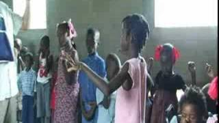 preview picture of video 'Haiti Orphan Children Pray for Mike Fox'