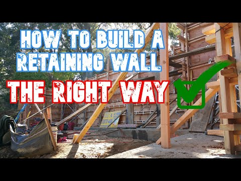 18 Types of Retaining Wall Materials and Designs for Your Yard