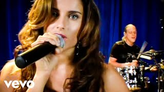 Nelly Furtado - Say It Right (Live)