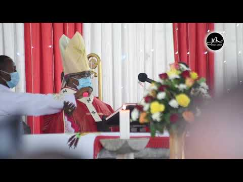 Baba Mtakatifu Atuma Cheti kwa Padre Mpya, Akabidhiwa baada ya Upadrisho,inapendeza Kumtumikia Mungu