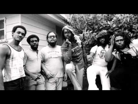 peter tosh – igziabeher (let jah be praised) demo