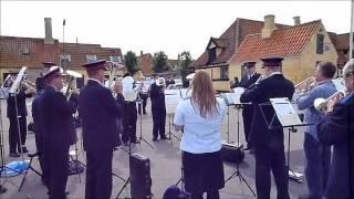 preview picture of video 'Frelsens Hær spiller på Dragør Havn 14. august 2011'