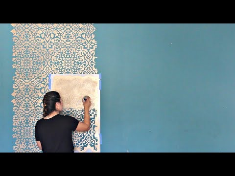 How to Stencil a DIY Wallpaper Look for Less! Painting a Feature Wall with Pattern for Cheap!