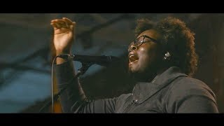 We Love Your Name + (Spontaneous Worship) - Eniola Abioye, Elyssa Smith & Beau Maddox | UPPERROOM
