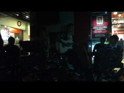 Cloud Band - I Will Fly (Acoustic Live Performance @KFC_A.YANI)