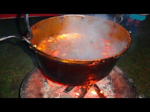 HvdH-Kessel-Gulasch  - Rezept und Anleitung - und Kochen über eine offene Feuerstelle