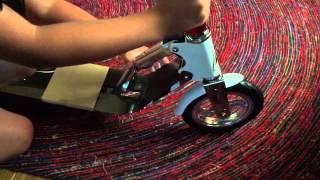 """Городской самокат HUDORA Big Wheel Air 205 White (14005) от компании Интернет-магазин """"Timatoma"""" - видео"""